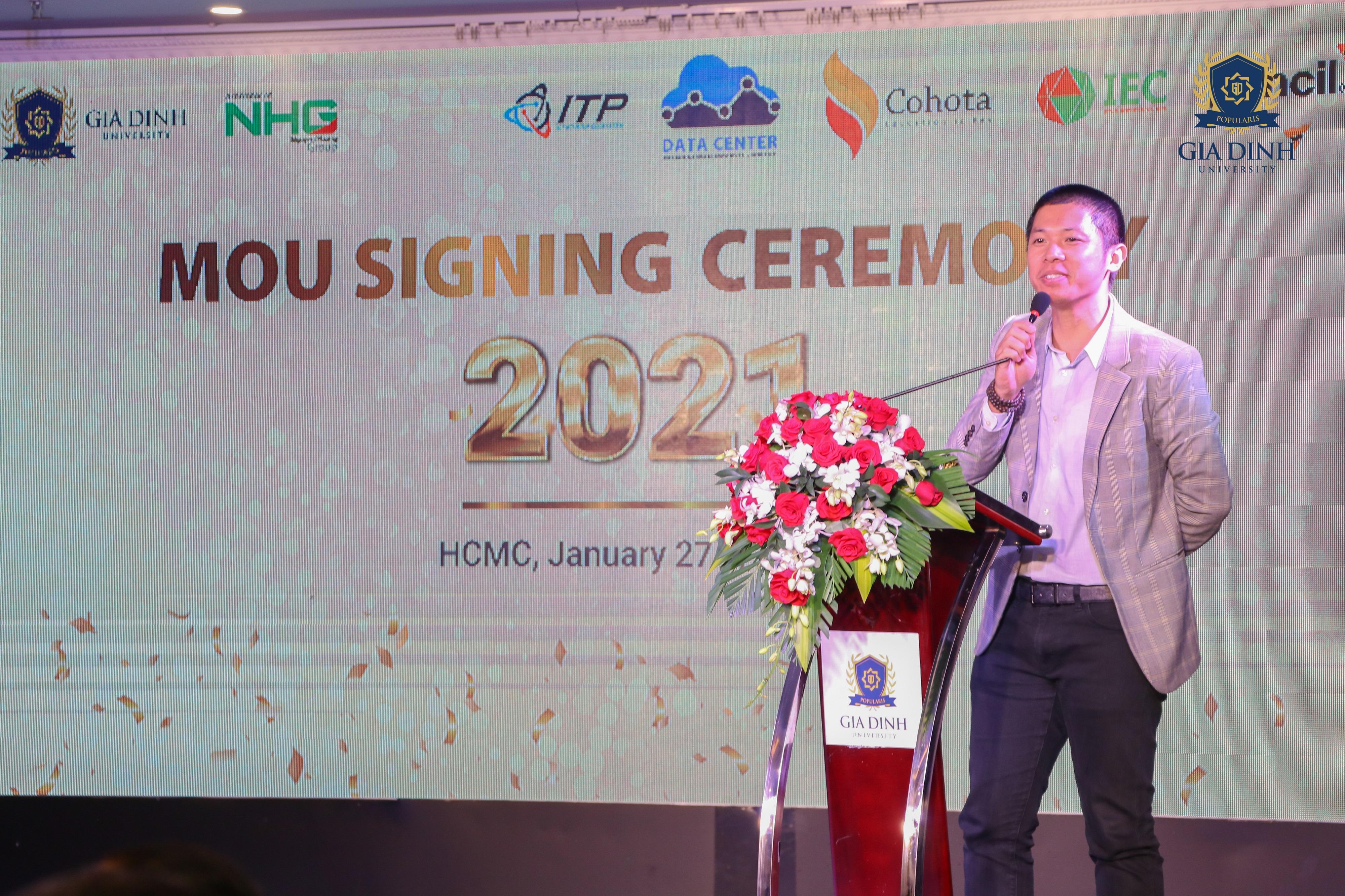 IMG 6284 Trường Đại học Gia Định (GDU) ký kết hợp tác đào tạo với công ty Pencil Group