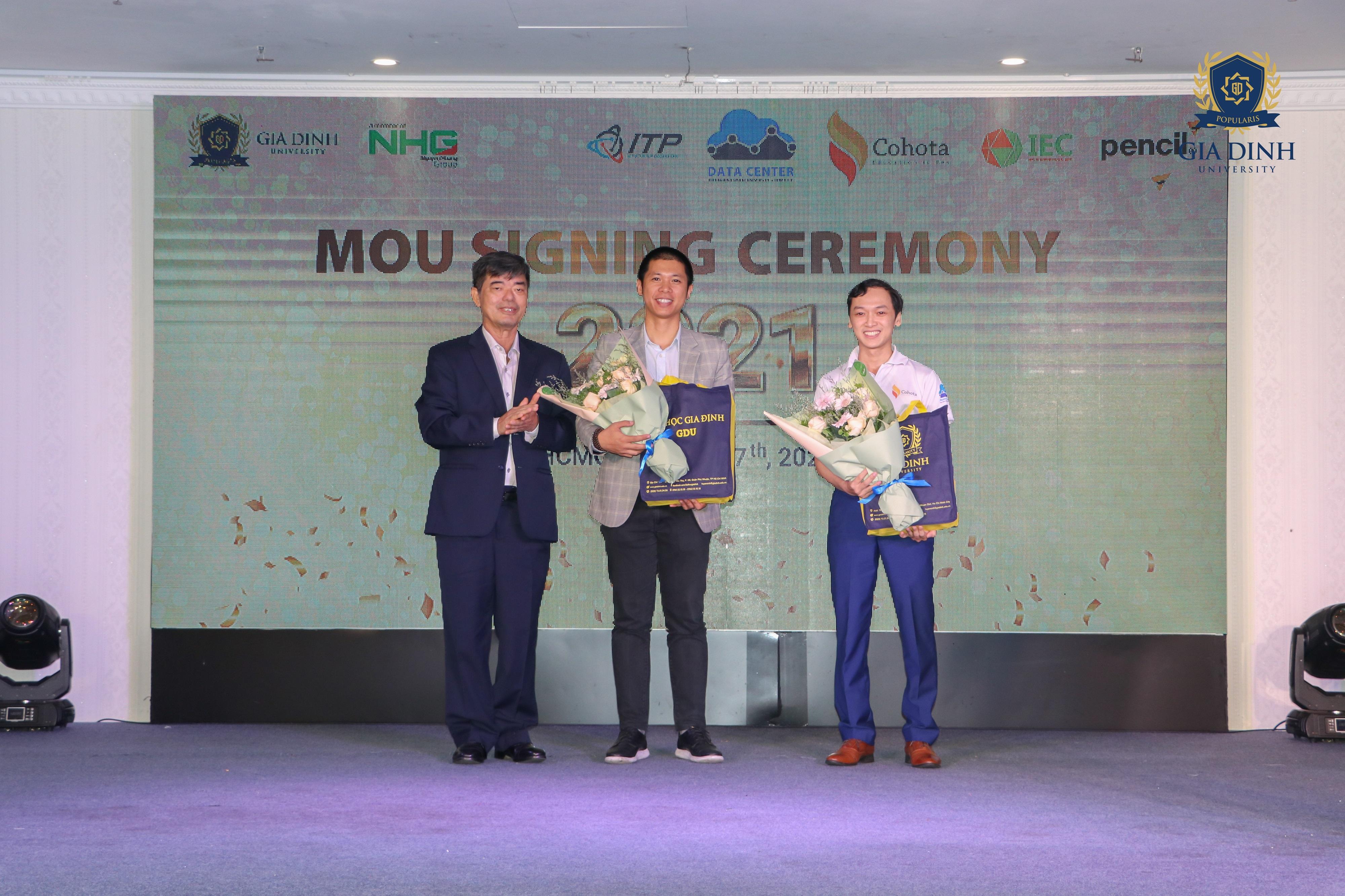 IMG 6325 Trường Đại học Gia Định (GDU) ký kết hợp tác đào tạo với công ty Pencil Group